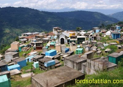 The cemetery of Comitancillo is the prettiest in Guatemala. However, this cemetery in Santiago Chimaltenango isn't far behind.