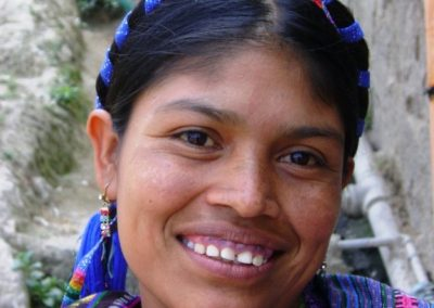 Woman wearing listón in San Antonio Palopó