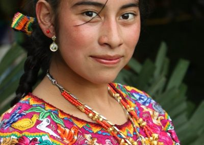 This indigenous queen is from Nimasac, San Andrés Xecúl  and so speaks k'iche0.