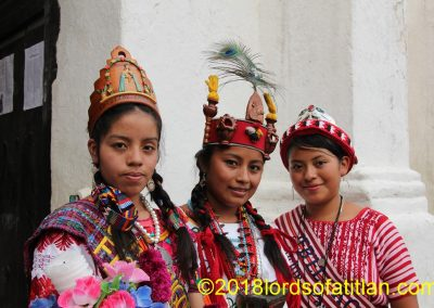 Again to illustrate the linguistic wealth of Guatemala are three queens representing three idioms: k'iche', poqomam, and kaqchiquel.La Nueva Candelaria, San Cristóbal Totónicapán, Toto. (k'iche'), San Luís Jilotepeque, Jalapa (Pocoman, and Panajachel, Solola (kaqchiquel)
