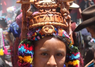 Viviana is a former Rukotzijal Patziya, )Flower of Patzicia, Chimaltenango) She therefore speaks kaqchiquel.