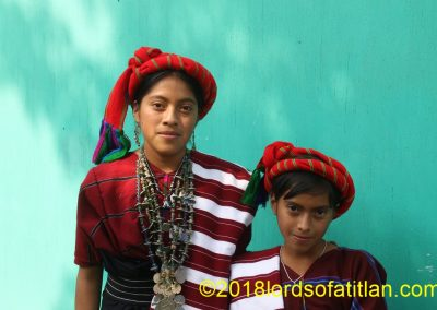 Jessica, pictured with her little sister, is from Santa Cruz Cajolá, Quetzaltenango and itherefore speaks mam.